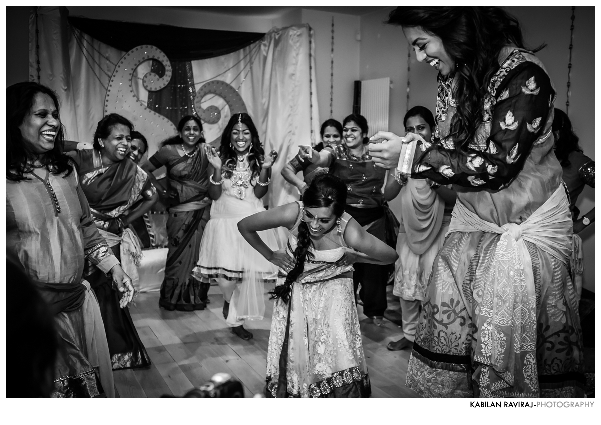 mehndi-hindu-wedding-london23