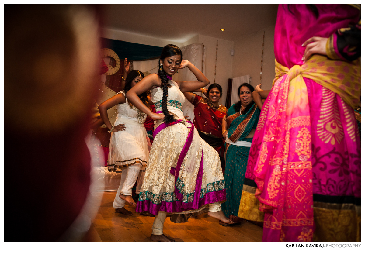 mehndi-hindu-wedding-london26