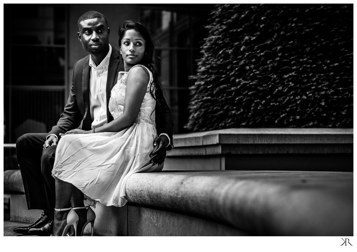 london_engagement_phototgraphy_session_black_white09