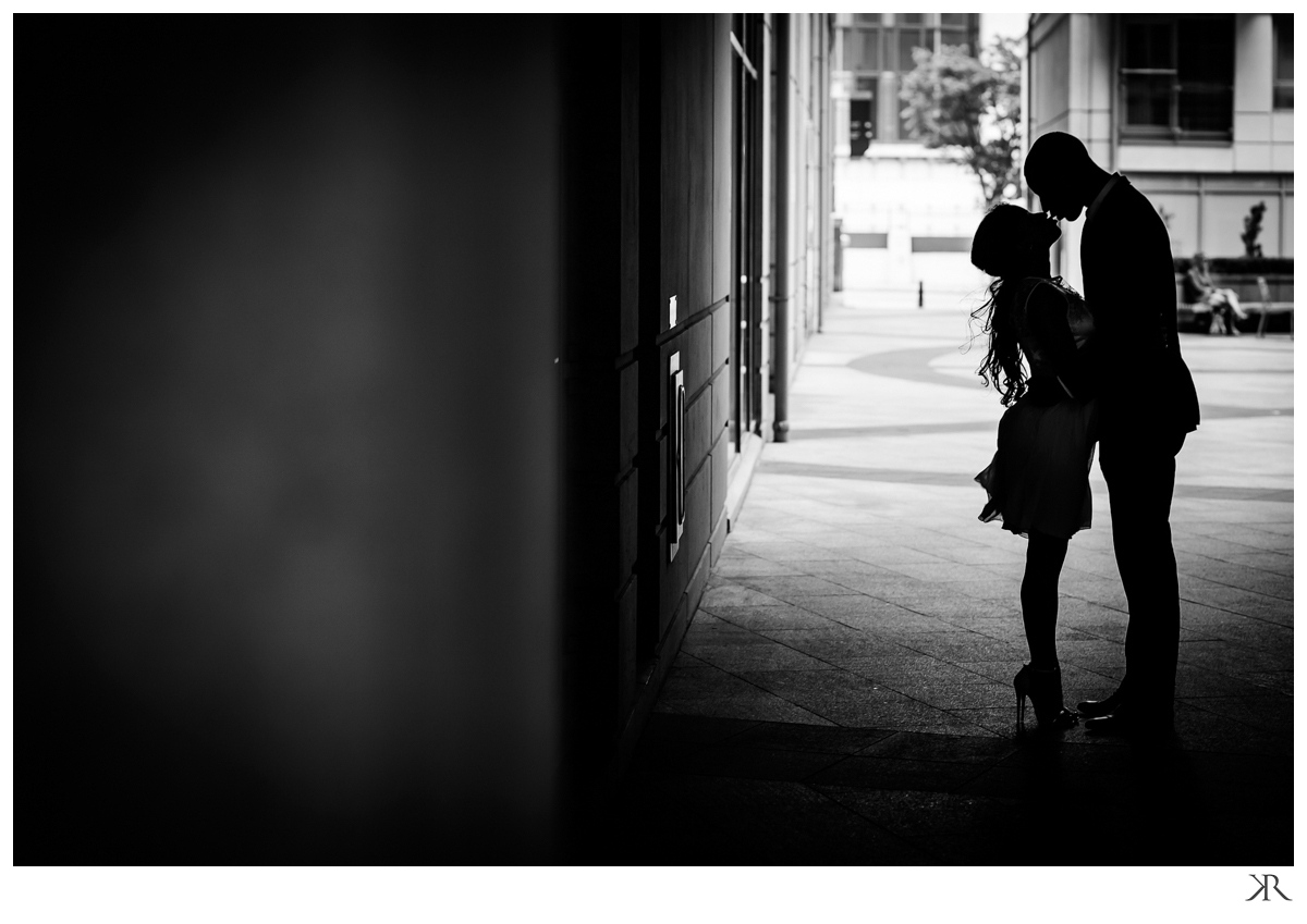 london_engagement_phototgraphy_session_black_white10