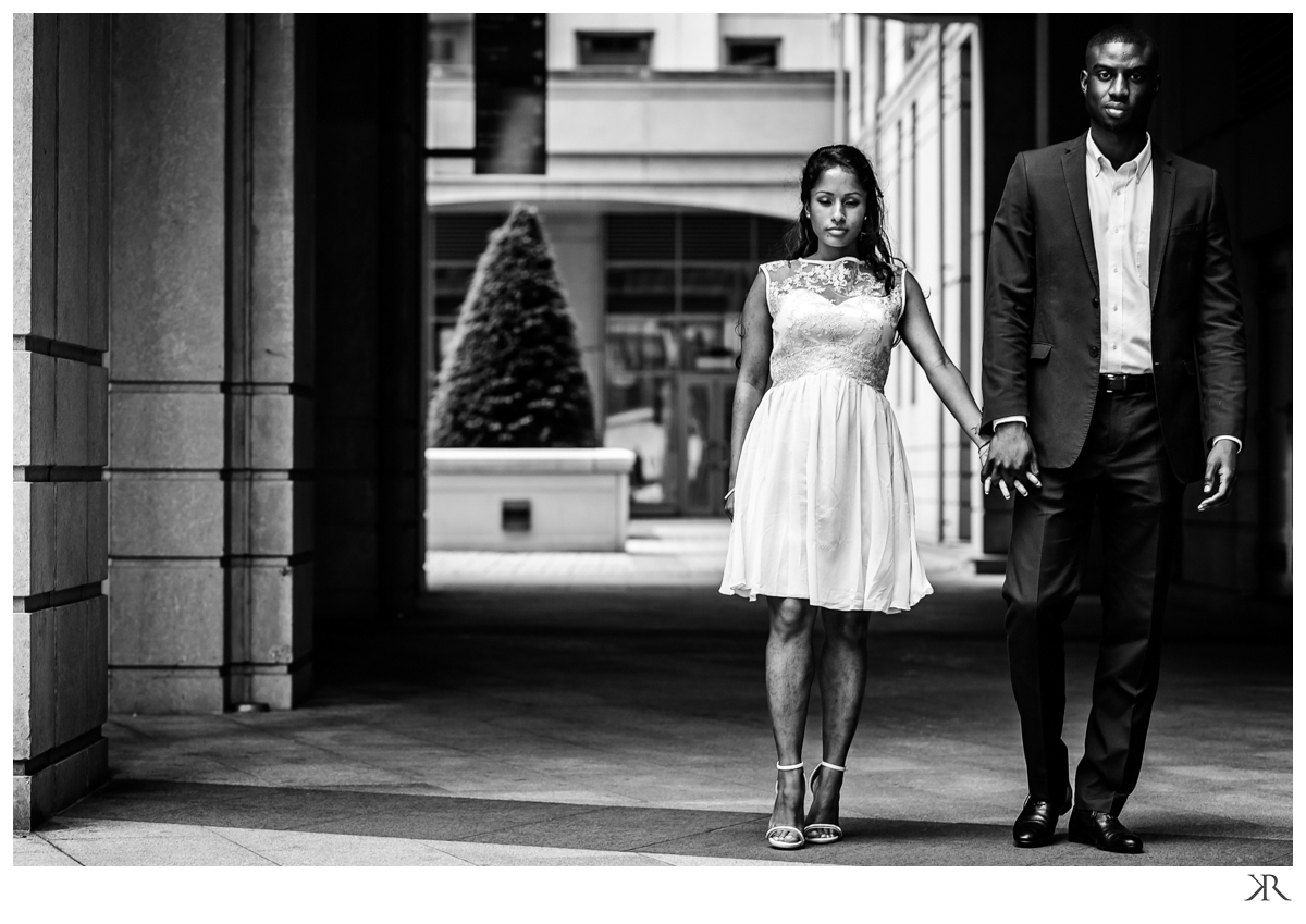 london_engagement_phototgraphy_session_black_white11